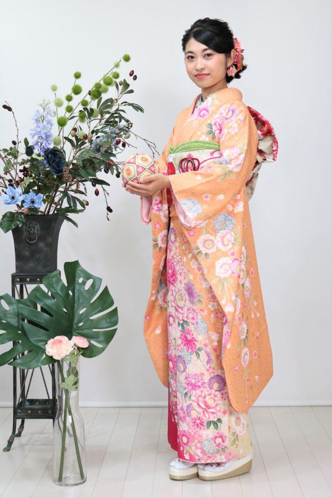 日産呉服・和田甚、振袖コレクション:FR-137/レンタル価格:¥160,000